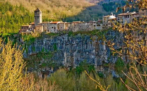 castellfollit-de-la-roca-76
